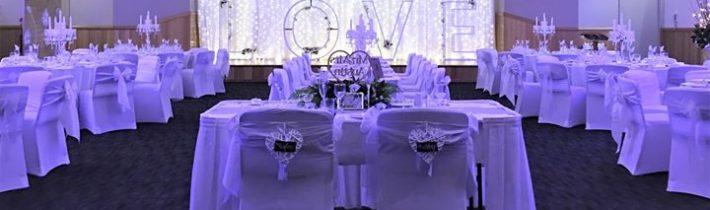 How great is this BIG LOVE happening at Tamborine Gardens Wedding Resort this week…