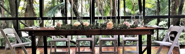 We loved making this very on trend table scape at Pethers Rainforest Retreat on…